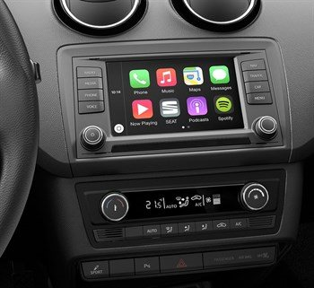 Seat CarPlay Connectivity.jpg