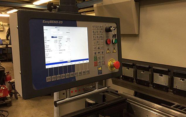 CNC styret 220 tons HACO kantbukker - bukker op til 3000mm/10mm